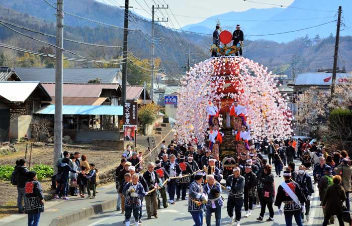 山田の春祭り – 秩父観光協会