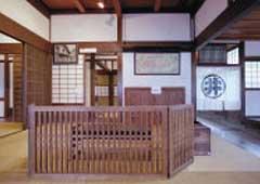 井上伝蔵邸